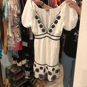 Bebe Sweet Summertime Cotton Silk White Black Dres